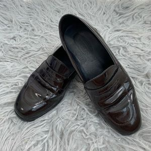 TOD'S Patent Leather Loafers Brown